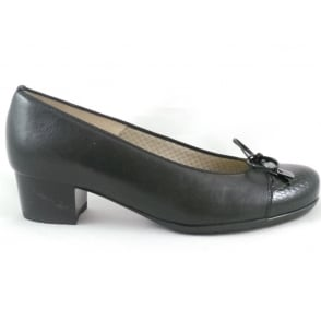 12-42052 Brugge Extra Wide Fit Black Leather Court Shoe