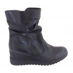 12-44904 Prag Black Leather Wedge Ankle Boot