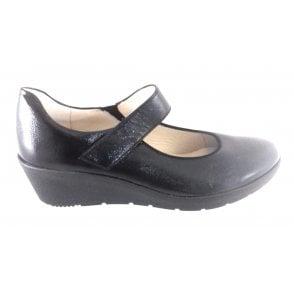 12-47693 Nancy Black Crinkle Patent Wedge Shoe