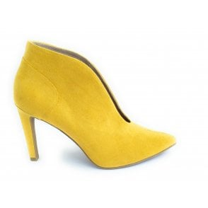 2-25019 Yellow Shoe Boot