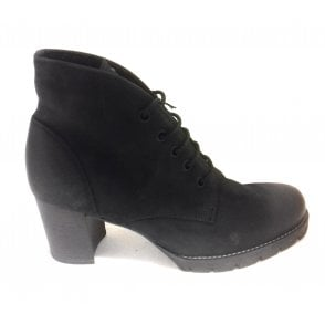 2-25227 Black Leather Lace-Up Ankle Boot