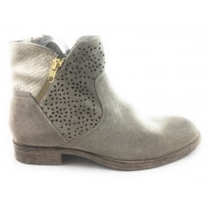 2/25323/28 Namia Taupe Suede Ankle Boot