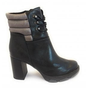 2-25479 Black Heeled Ankle Boot