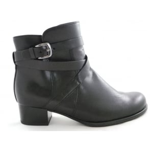 22-63658 Catania Black Leather Ankle Boot