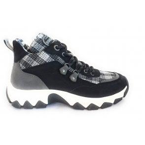 432-95203 Yuki Black Casual Boots