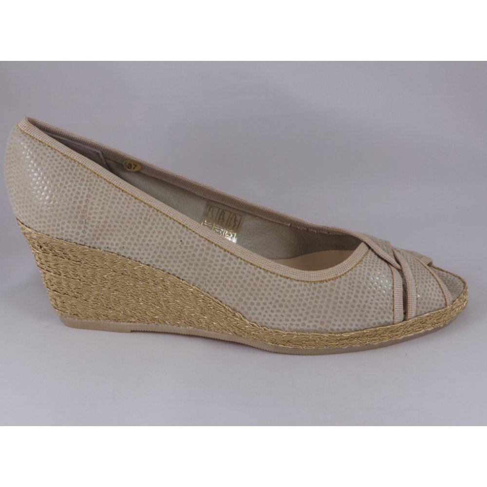 matches. ($ - $) Find great deals on the latest styles of Wedge suede beige. Compare prices & save money on Women's Shoes.