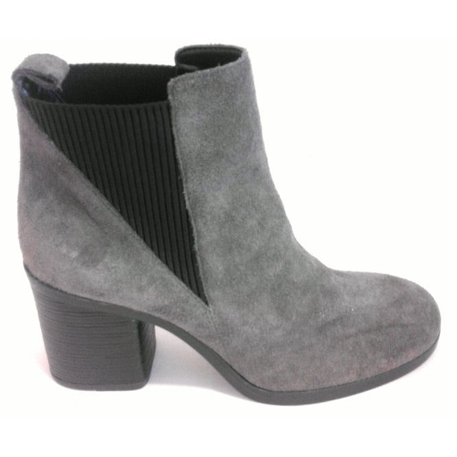 L301 Grey Suede Heeled Chelsea Boot