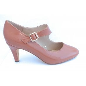 Laurana Caramel Patent Court Shoe