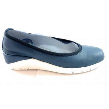 M676 Selena Blue Metallic Print Leather Pump Shoe