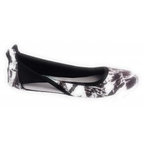 Nicola Mono Abstract Sporty Pump