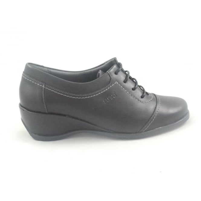 Suave Stella Black Leather Lace-Up Casual Shoe