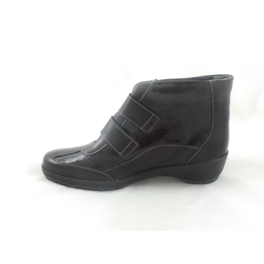 suave black leather and patent wedge ankle boot suave