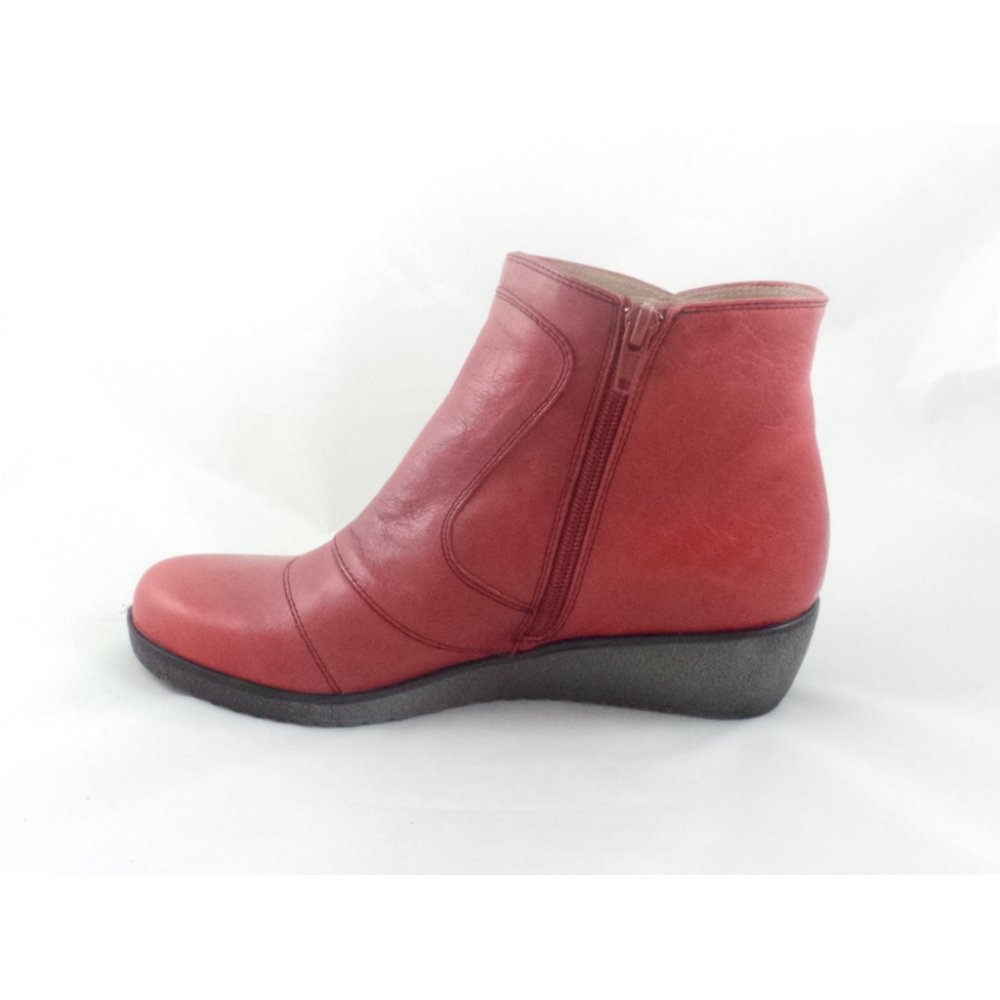 Red Ankle Boots Sale: Save Up to 60% Off! Shop coolzloadwok.ga's huge selection of Red Ankle Boots - Over styles available. FREE Shipping & Exchanges, and a % price guarantee!